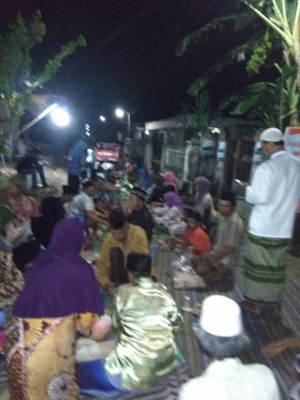 Malam tasyakuran jalan paving Dusun Tanggung